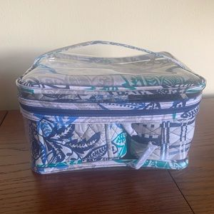 Vera Bradley Travel set NEW